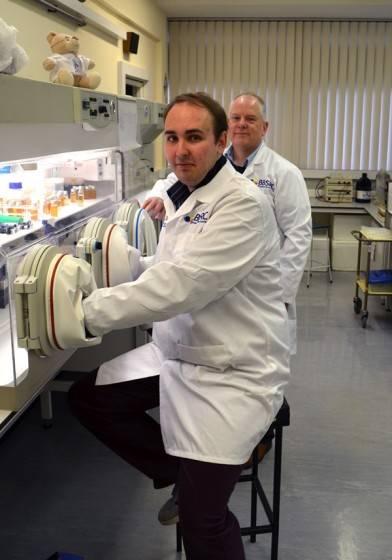 Daniel Vipond & Prof. Simon Carding
