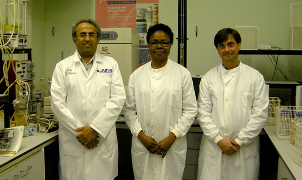 Prof. Arjan Narbad, Dr Dr Ngozi Elumogo (NNUH) and Dr Lee Kellingray (IFR)